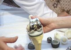 Купить сапфировфй протез тазобедренного сустава боль локтевых суставах лечить